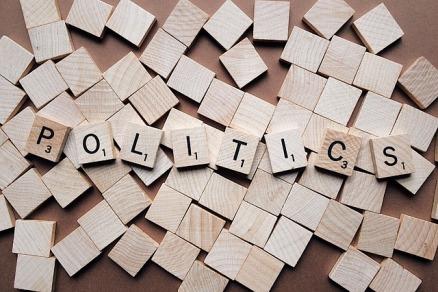 politics-2361943_640